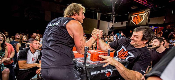Wal armwrestling